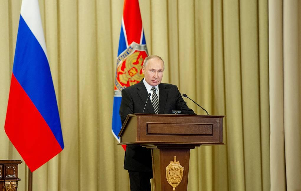 Putin: campagna d'informazione contro la Russia – Accuse categoriche e infondate su vari questioni.