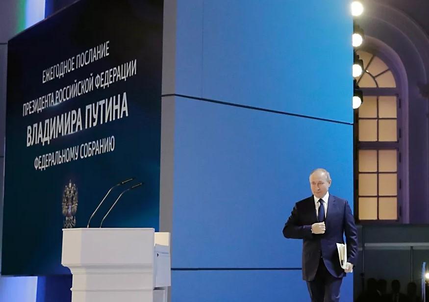 """""""In alcuni paesi, ha messo radici una brutta usanza: """"aggrapparsi"""" alla Russia con qualsiasi pretesto. È come una specie di sport…"""